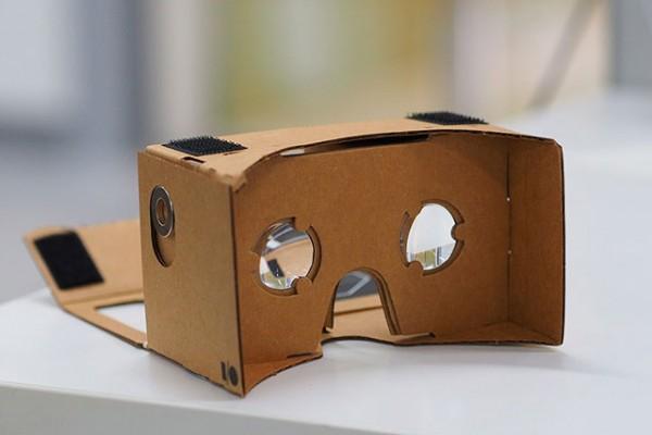 Google_Cardboard_VR_mount